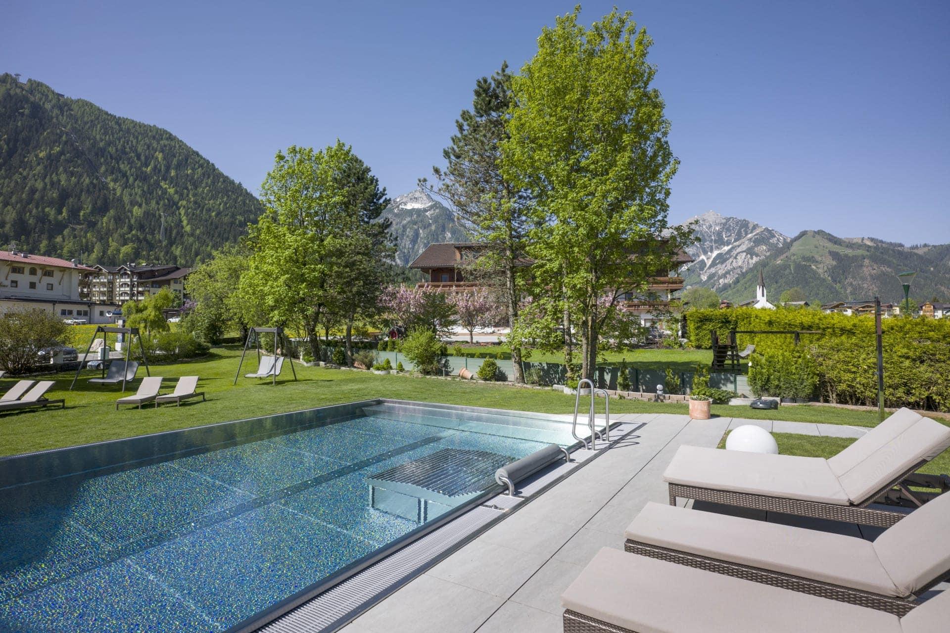 Hotel Auszeit Pertisau 05 2018 Schwimmbad