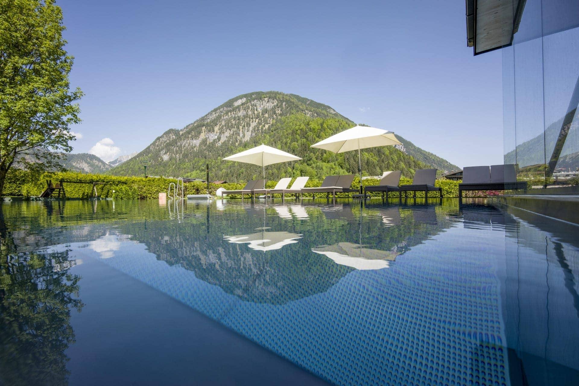 Hotel Auszeit Pertisau 05 2018 Schwimmbad 2