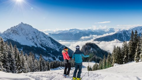 achensee winter skifahren paar3